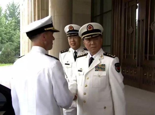 理查德森将军在此情况下应邀访华,体现了中美双方对管控海上危机的