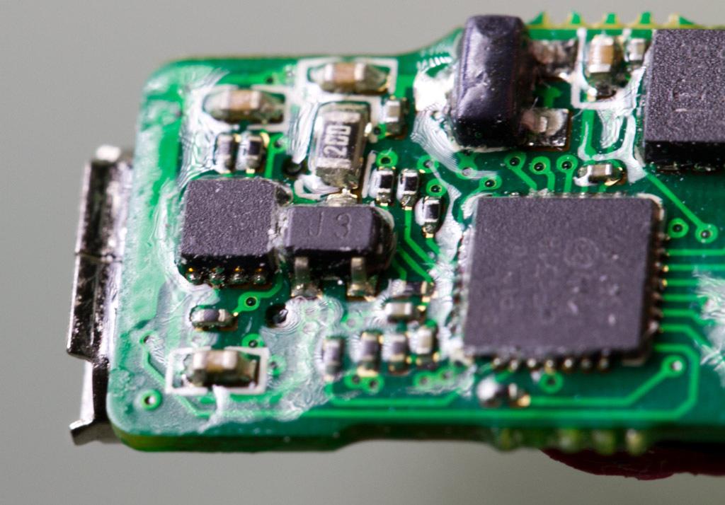 小米手环能实现79元的零售价格,这让同类型的智能手环生产厂商怎么活