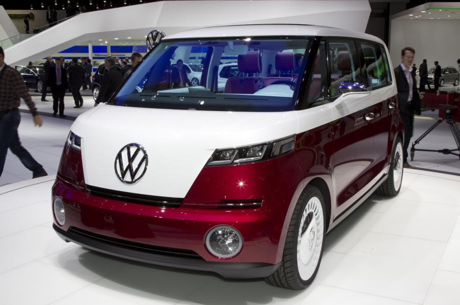 大众计划于2017年在墨西哥普埃布拉工厂生产新款面包车,而这一款概念面包车则是大众新量产车的雏形。 这款面包车的零排放动力传动系统是依据大众集团最新的锂离子电池科技技术配置的,声称能够根据不同的驾驶情况,提供400-500公里的行使距离。 (实习编译:王攀审稿:刘洋) 更多精彩内容,请关注环球网汽车频道微信公众号: