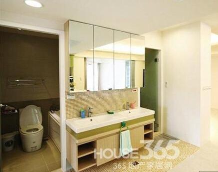 家有小宝宝90平两室一厅装修图 客厅角开辟和室